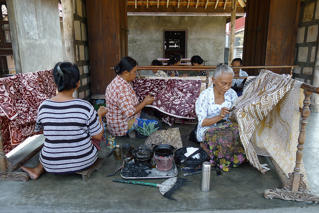 Indonesian women making batiks. Photo from Flickr Creative Commons.