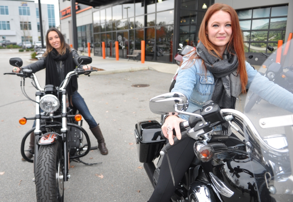 Harley Chicks 12